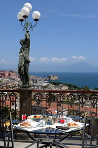 Terrace dining at George's Restaurant at The Grand Hotel Parker's, Naples, Italy | Bown's Best