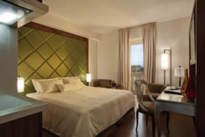 Delux room at Hotel Imperiale, Taormina, Sicily, Italy | Bown's Best