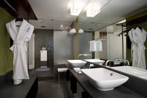 Bathroom of Exclusive room, Hotel Imperiale, Taormina, Sicily, Italy | Bown's Best